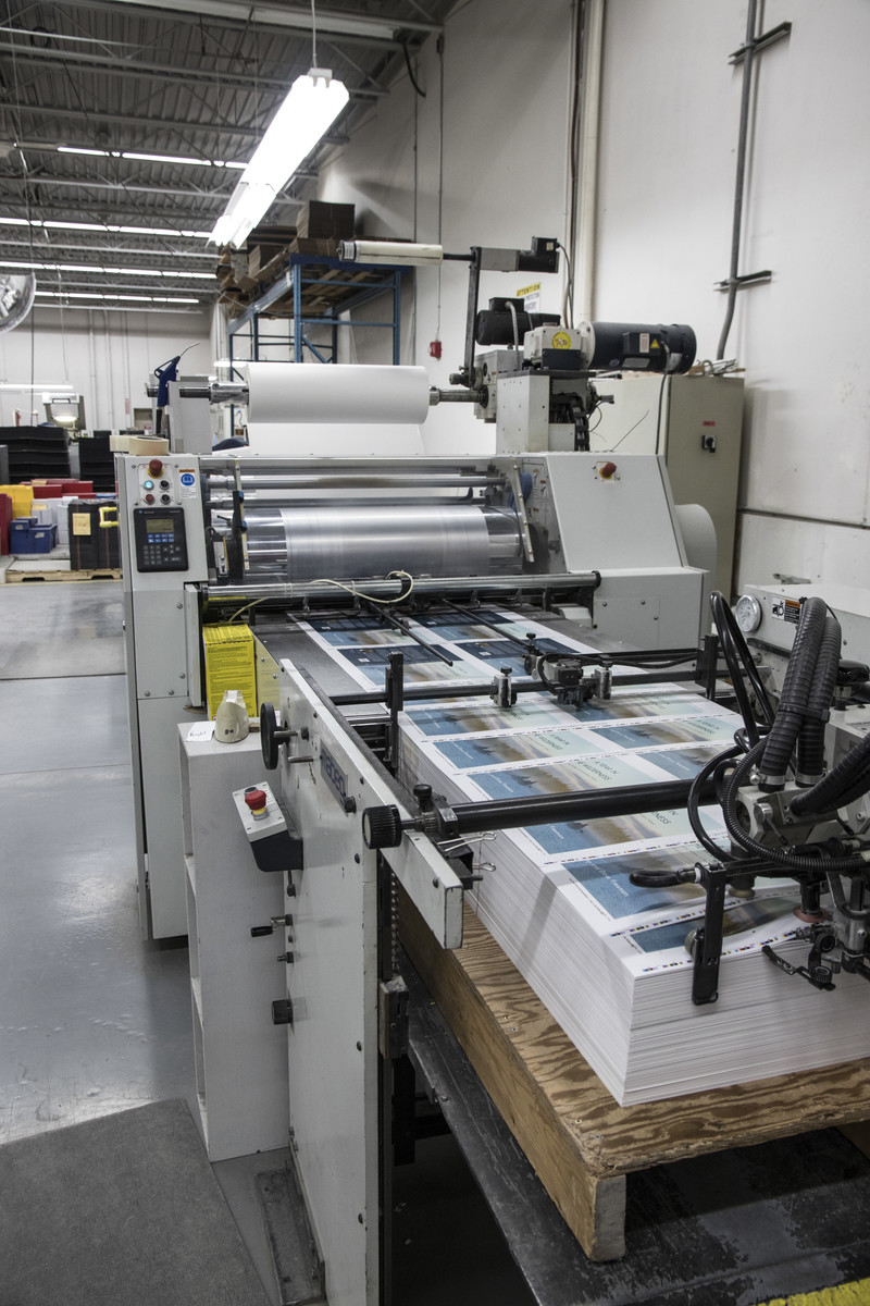 LAMINATING COVERS | FRIESENS